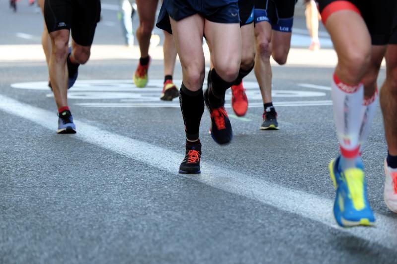 宇都宮市の整骨院・鍼灸院なら葵はりきゅう整骨院のランニング中の膝の痛み「ランナー膝(腸脛靭帯炎)」の症状と治療法・予防策