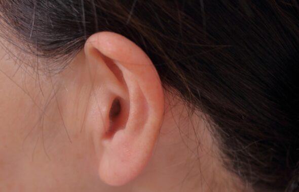 突発性難聴の前兆と原因、対処法を紹介